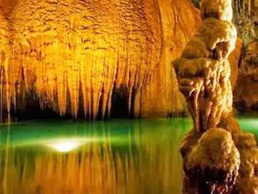 Tours in Cuba - Visit to Cuevas de Bellamar